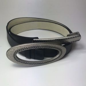 Chico's Adjustable Hook and Buckle Leather Belt